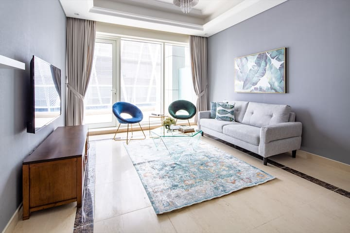 Spacious 3BR Loft in Downtown Dubai