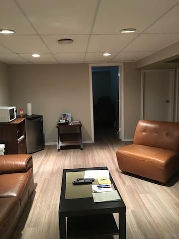 Living Room/Rec Space