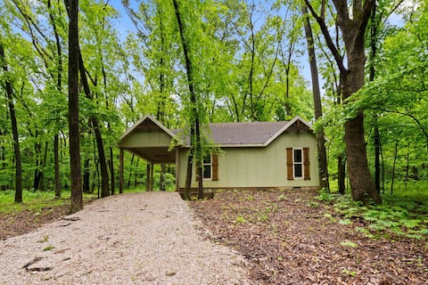 Chinkapin Cottage-Private & Wooded 1/4m From Lake!