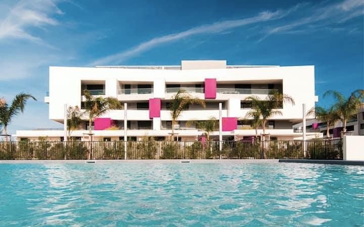 T2 spacieux et lumineux avec terrasse & piscine