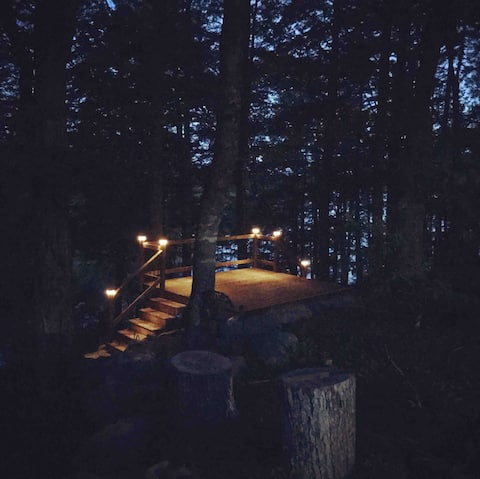Black Rattle Lakehouse