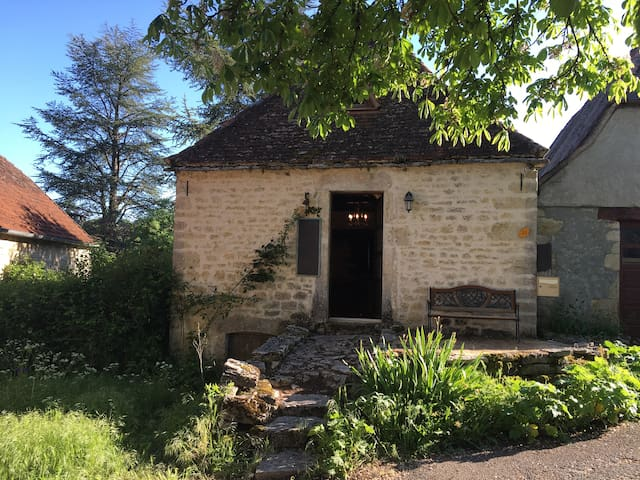 stonehouse, Caniac du Causse, in the Lot, 46240 - Rocamadour - Hus