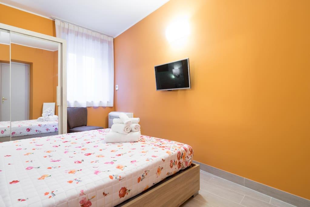 Camera da letto / Bedroom / Wifi - Satellite Tv - Air conditioner