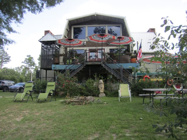 The River Compound - Gulfport - Talo