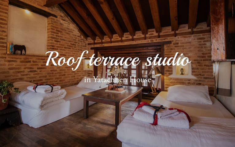 Extremely comfortable and cosy roof terrace studio. A very unique space!