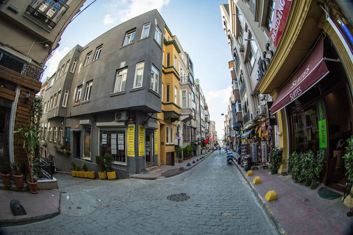 Sweet and Central Studio in Taksim