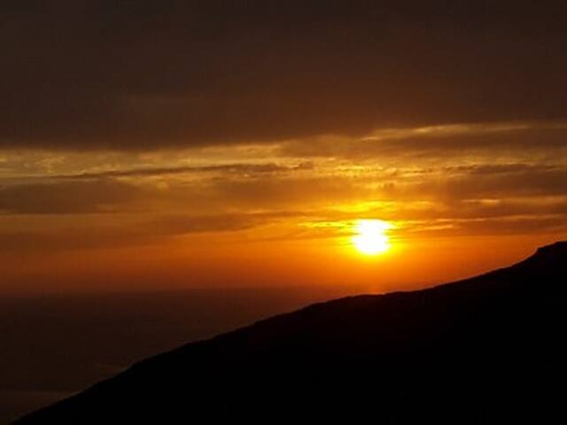 Breathtaking Sunset View,  Stone House, Tinos