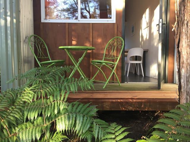 Double/Triple room, bush setting Abel Tasman