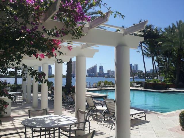 Resort Style Extended Stay Aventura Accomodation