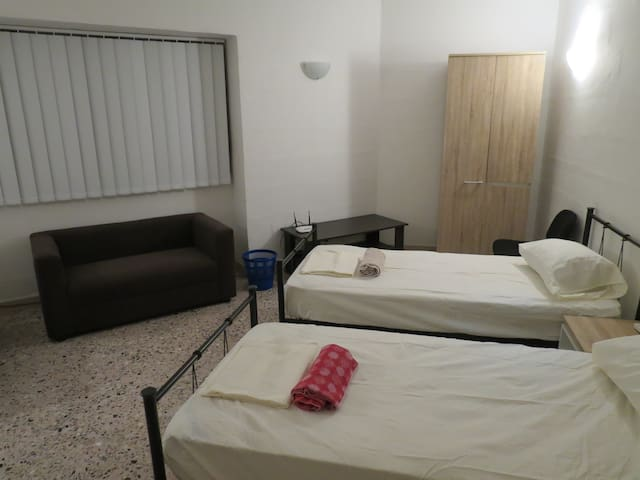 Private Room (1/2 ppl)  in Sliema!RM3