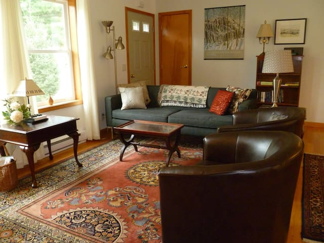 Cozy Berkshires Ranch in Stockbridge