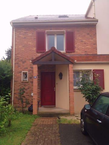 maison 140m2 st germain en laye - Saint-Germain-en-Laye - Huis