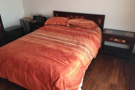 Private Bedroom 4 One in SantaFe / La Loma aptmnt - เม็กซิโกซิตี้