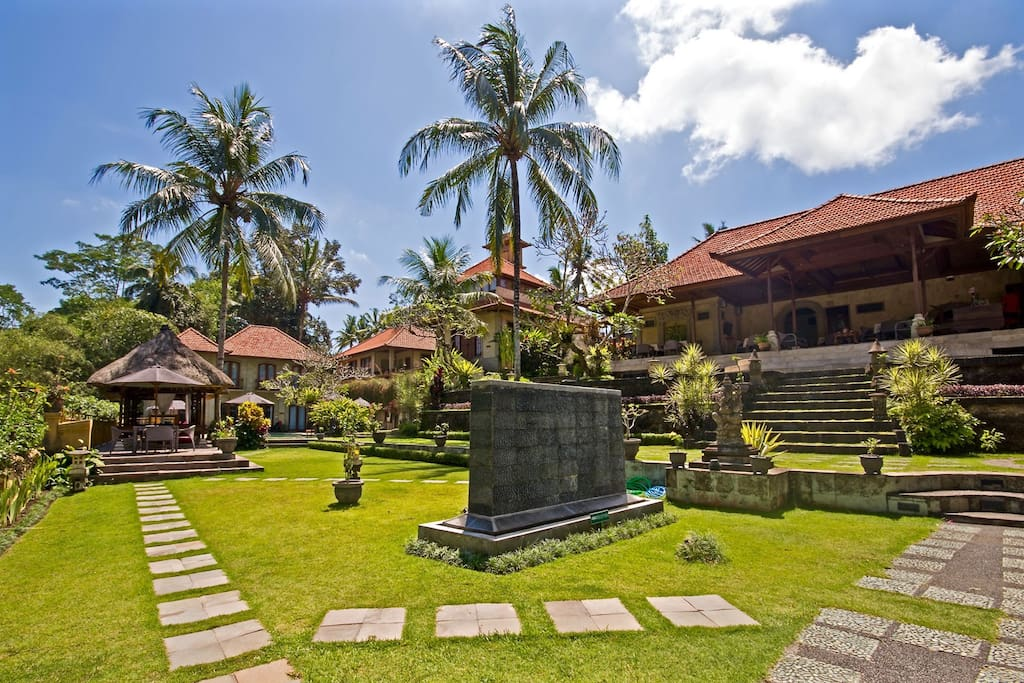 The Entrance to our Ubud Villa.