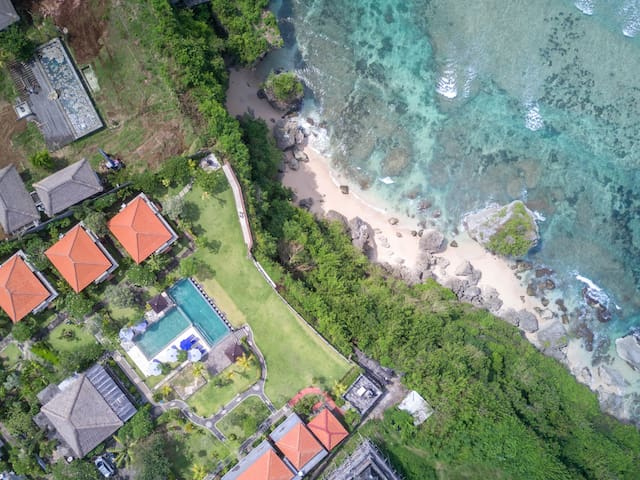 Seaside Cottages above Uluwatu Surf Beaches
