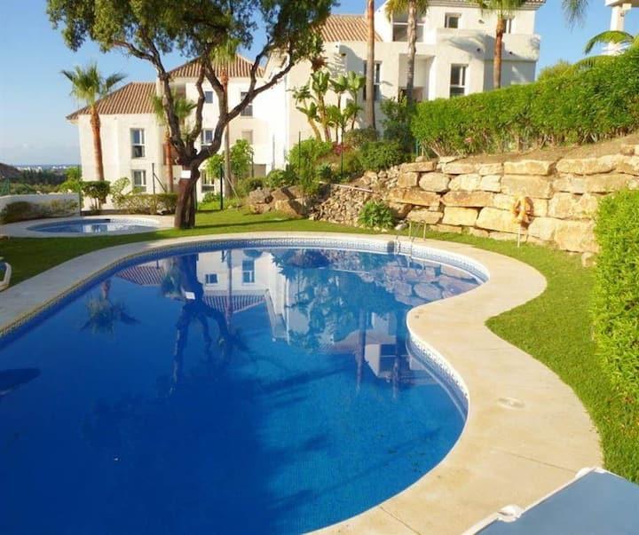 Estepona: apartment with seaview