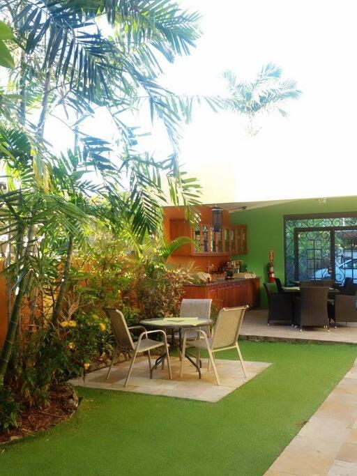 East Garden Lanai