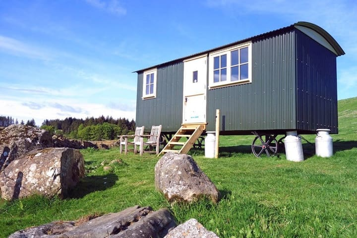 Traditional Shepherds Hut with uninterrupted views
