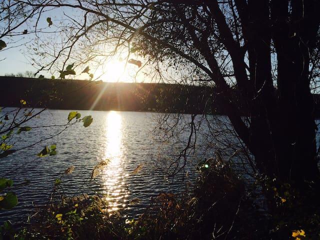 L' étang de Bairon à 3 kms