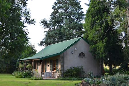 The Goodland Milk Cottage - Private and Secluded