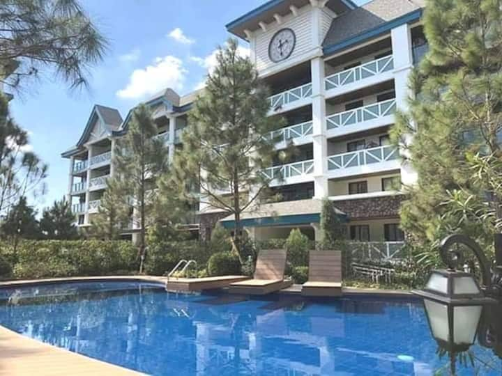 Pine Suites Tagaytay 2 BR w/ Netflix and parking