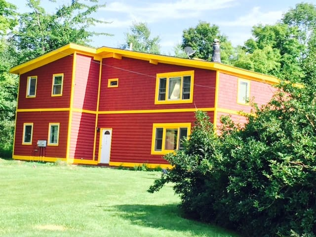 This weekend special sleeps 24 $750 - Tannersville - Huis