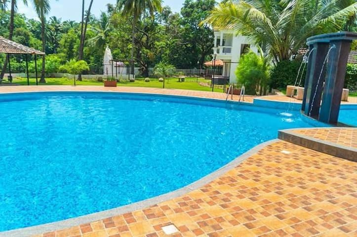 Pool facing Luxury 2-Bhk apt nr Saturday nt Mkt