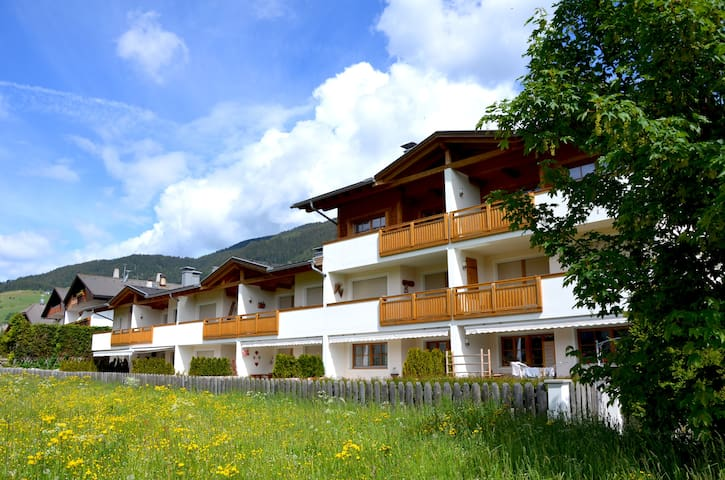 Exclusive apartment in the Unesco Dolomites - San Candido - Pis