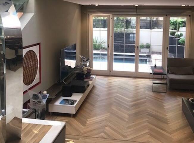 Luxury & Exclusive Private Villa With Sauna & Pool