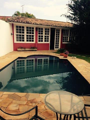 Casa em Condomínio Fechado - Jardim Vila Verde