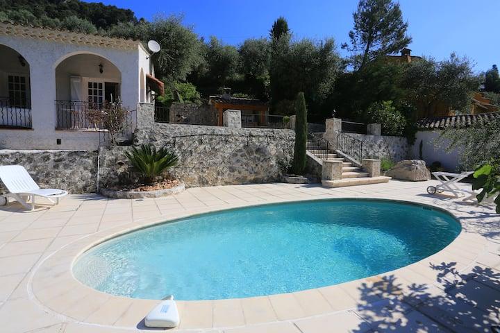 Loue villa indépendant de 220m2 avec piscine