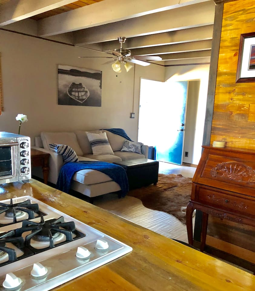 This is a recently remodeled studio apartment with a separate entrance, bedroom,  on the second floor. It is conveniently located near South Coast Plaza and a few miles from the beach.