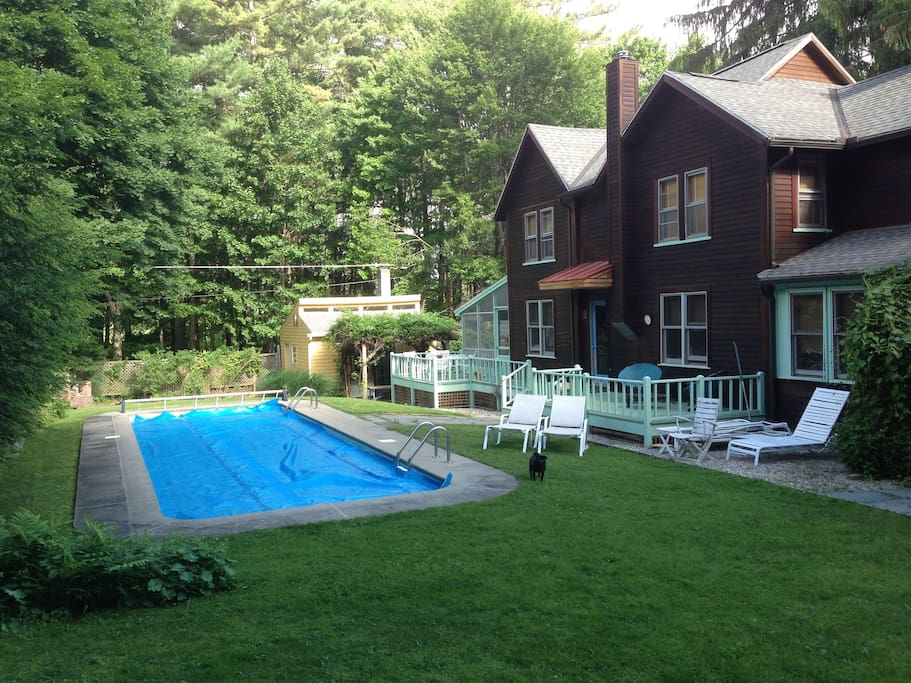 Heated pool and large sun deck