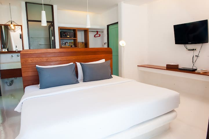 Hammock Samui Beach Resort- Balcony with Sea View