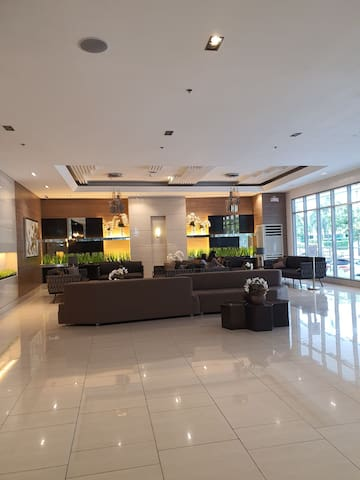 FULLY FURNISHED UNIT AT GRASS RESIDENCES TOWER 5