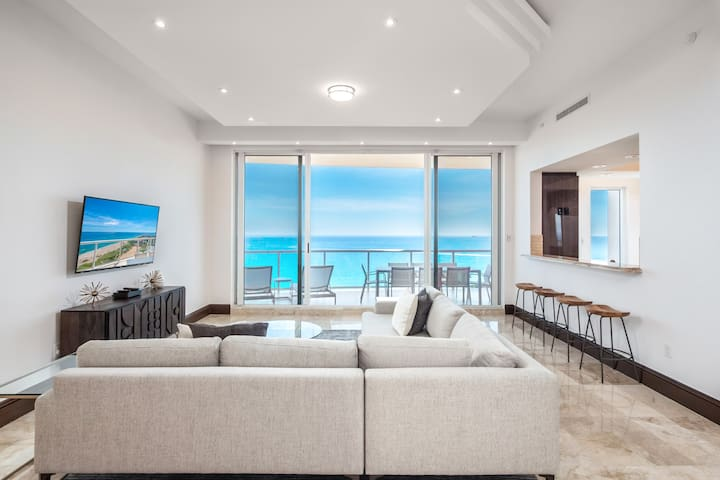 $6 Million Ritz-Carlton 3BR Oceanfront Penthouse