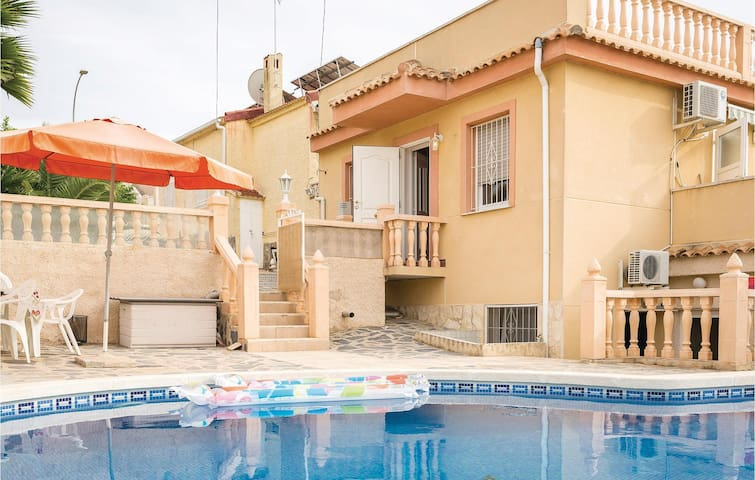 Holiday cottage with 2 bedrooms on 116 m² in San Fulgencio