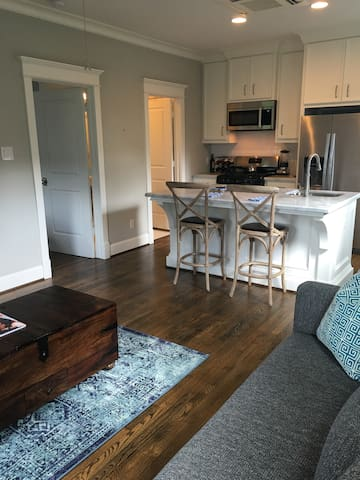 Fabulous apartment ~ convenient location - Houston - Apartemen