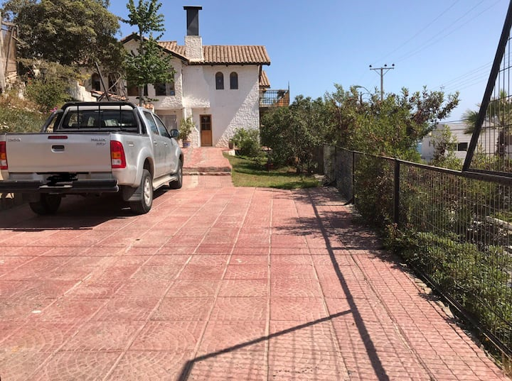 Casa con piscina frente Bahía la Herradura 👍🏼 vista