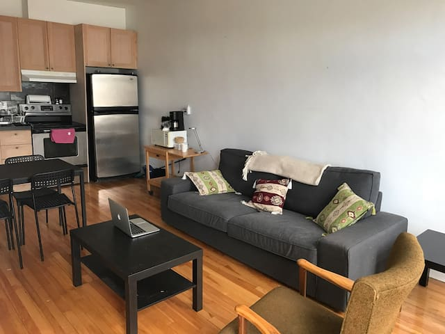 Great location! Plateau Mont-Royal - Montréal - Apartment