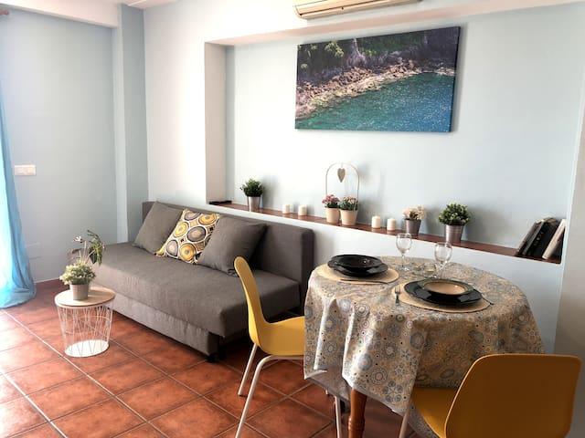 Apartamento con terraza en Benalmádena Pueblo