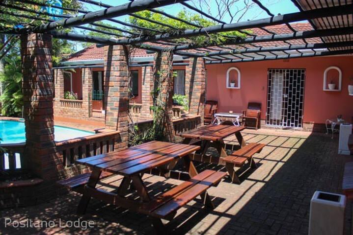 Positano Lodge: Private self-catering unit