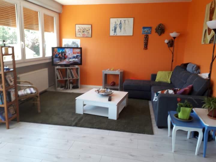 Bel appartement situé entre ville et campagne