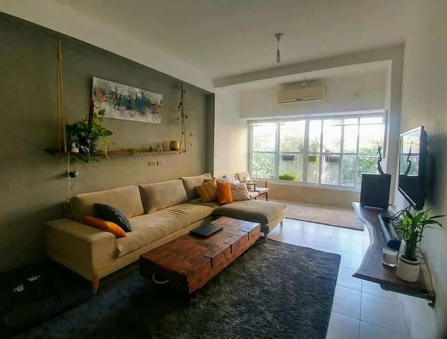 Cozy inspire room apartments for rent in ramat gan for Inspire apartments
