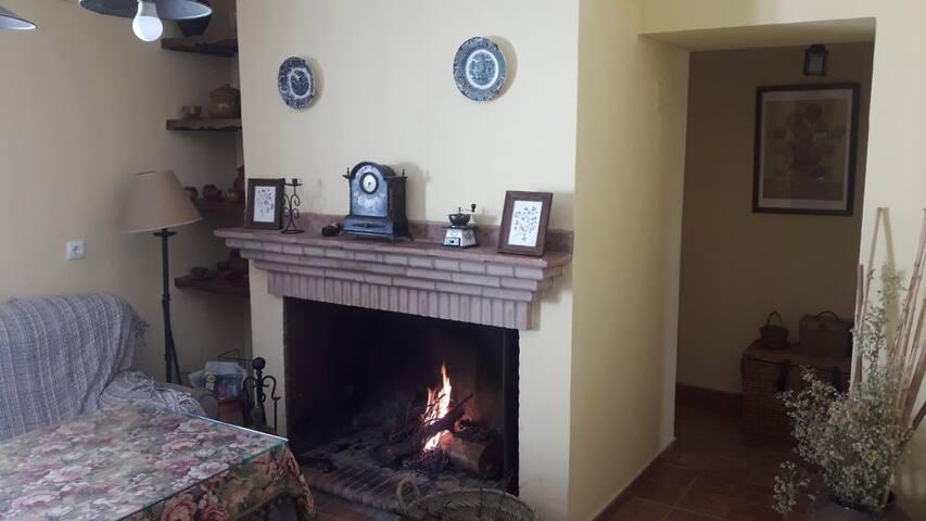 Casa Rural con Bonitas Vistas a la Sierra