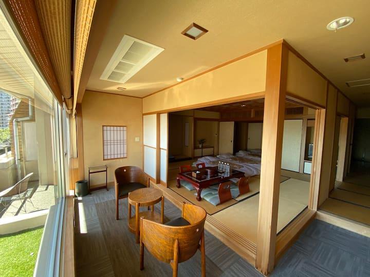 70㎡駅3分元高級旅館の304、6名余裕、大型TV  焼立トロアジ朝食 貸切温泉大浴場、檜風内風呂
