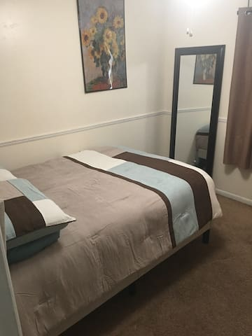 "Dressing Mirror and Full Size 14"" Deep Gel Memory Foam Mattress!"