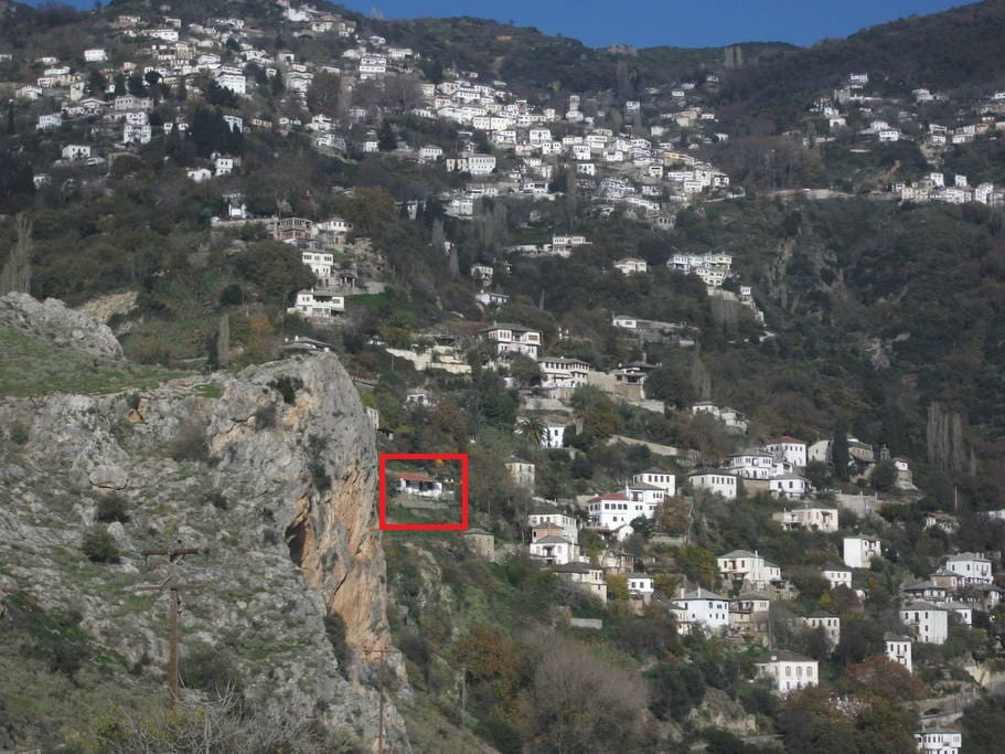 Location of the house in Makrinitsa village