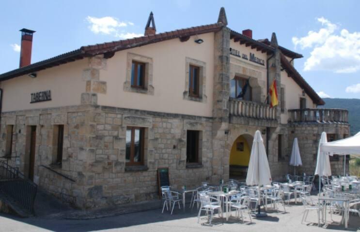 Hotel rural con encanto en Regumiel de la Sierra