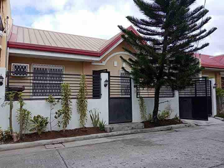 Fully furnished: House , 1 cr, 2 bedrooms